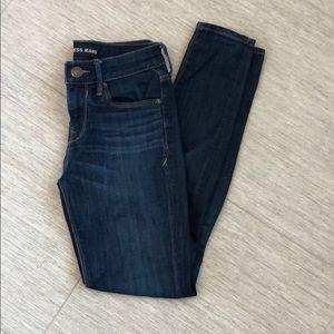 Mid rise legging jean